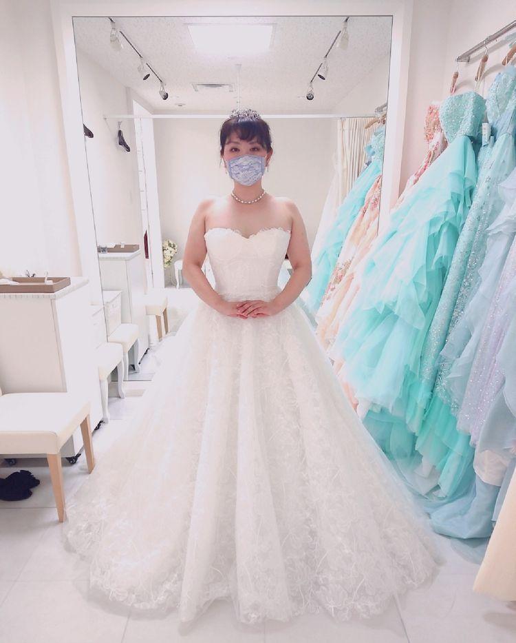 インポートとコラボした純白ウエディングドレス