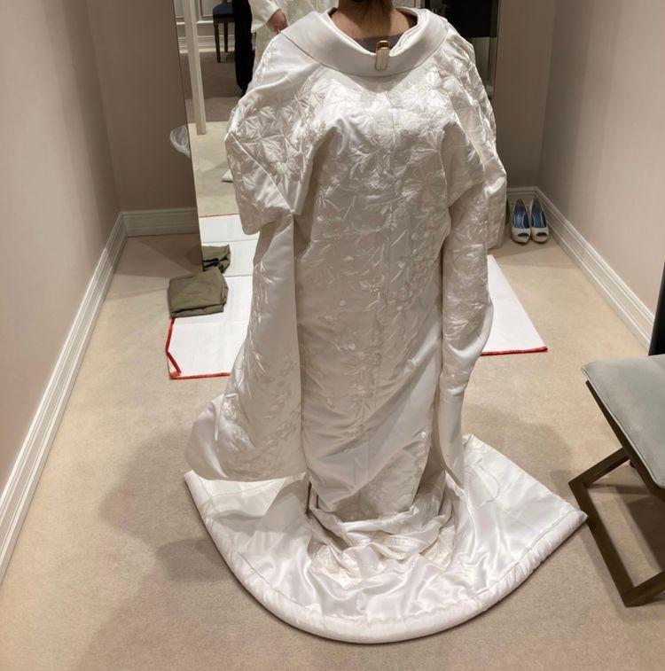 刺繍が細かく綺麗な白無垢
