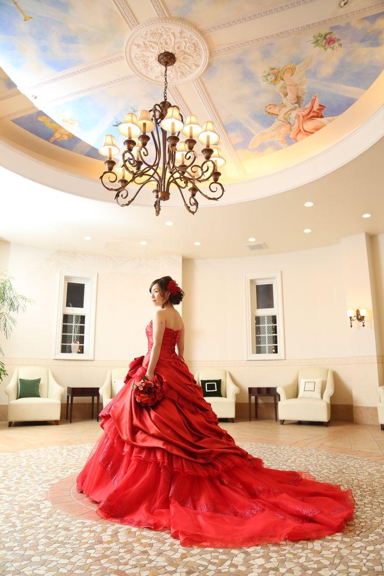 佐々木希デザイン!真っ赤なAラインドレス