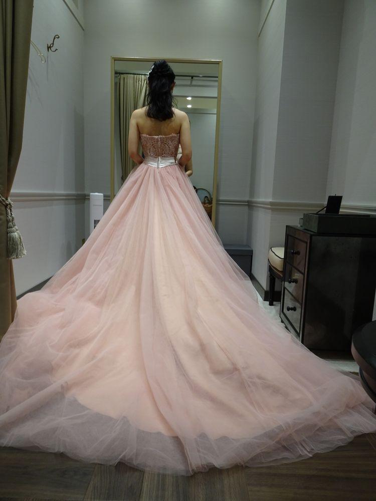 優しいピンクの上品カラードレス