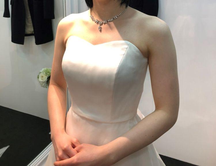 つるっとシンプル段々ドレス