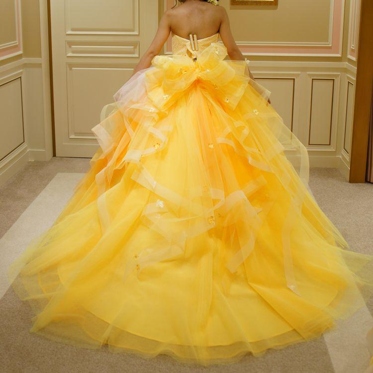 お花のハートとふんわりシルエットが可愛いドレス