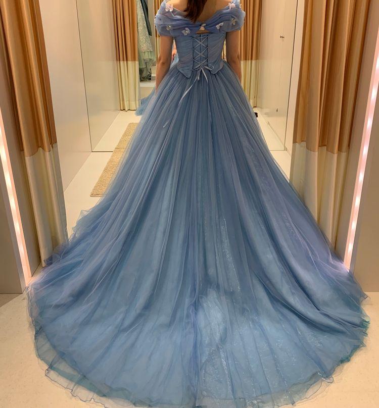 実写版シンデレラのドレス