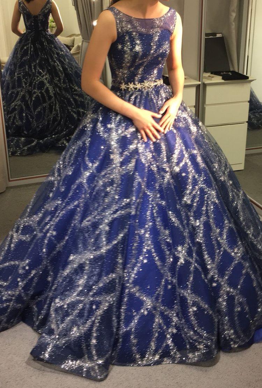 キラキラ宇宙ドレス