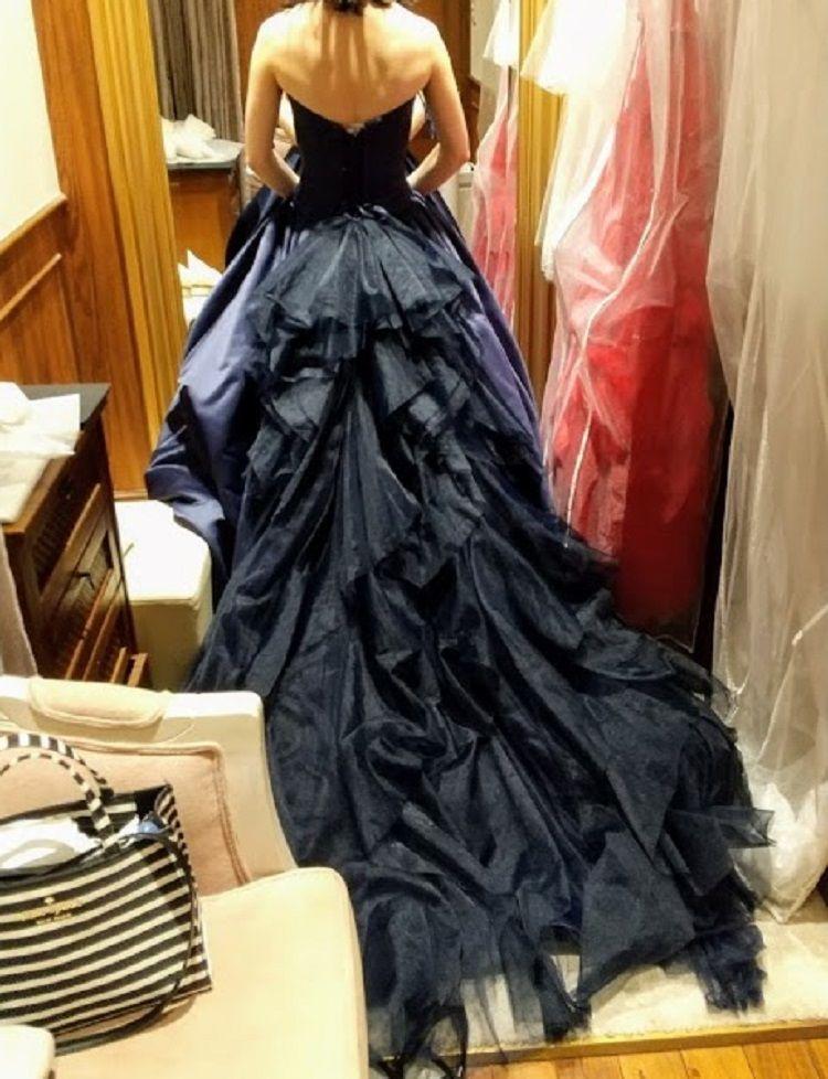 人気のドレス