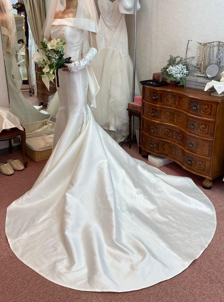ロールカラーマーメイドドレス