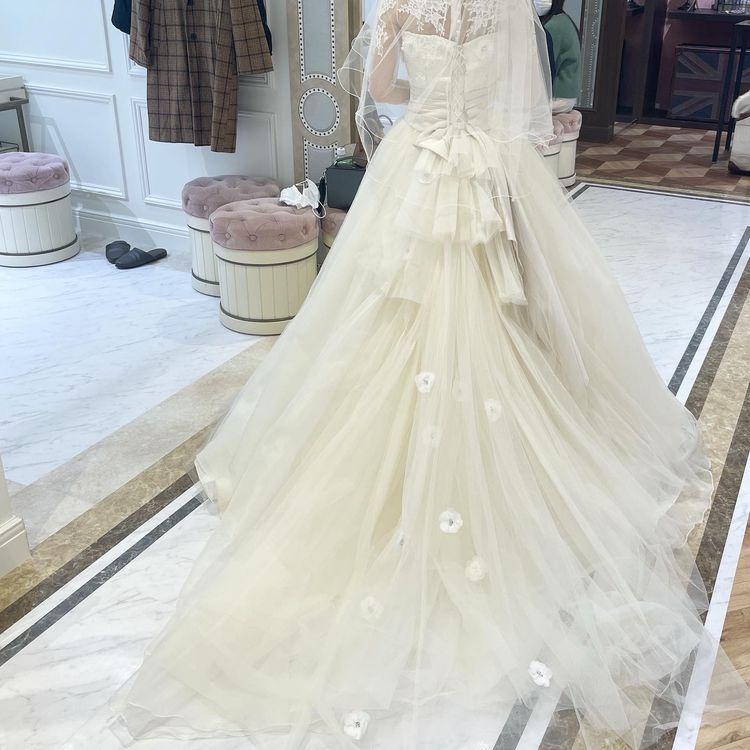 プリンセス感あふれるかわいいウエディングドレス