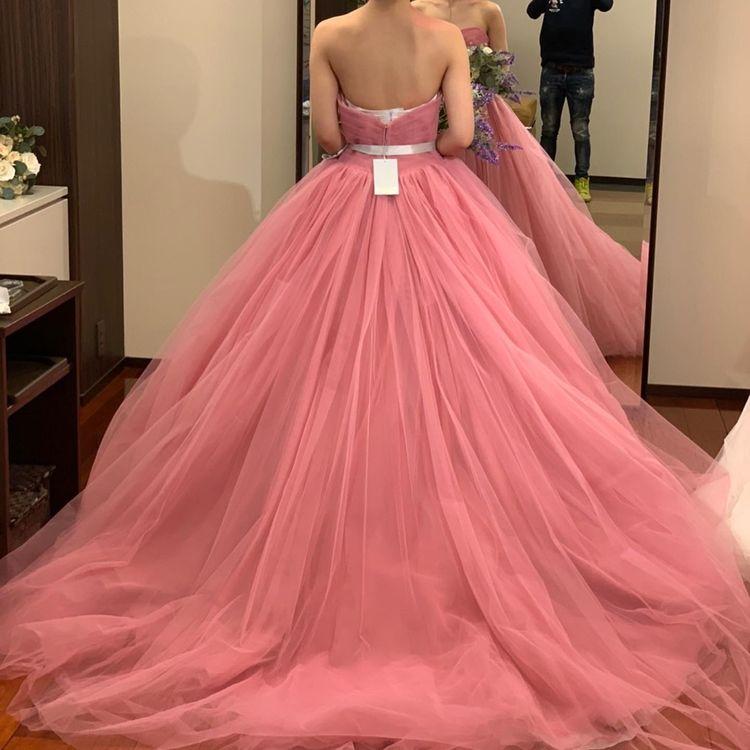 ふわふわのピンクドレス