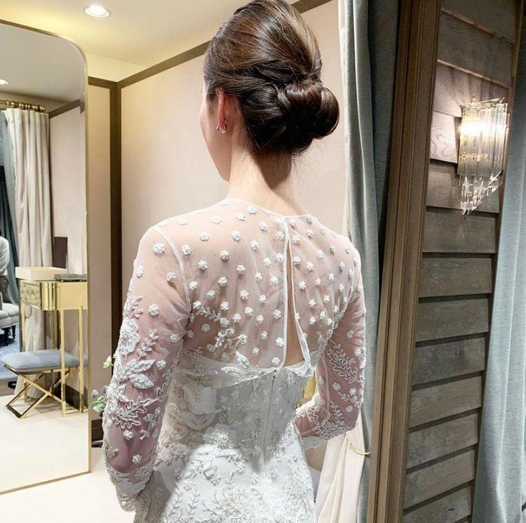 刺繍が素敵なスタイリッシュドレス