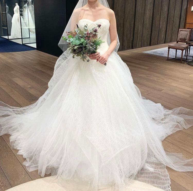 ふわっふわのチュールが素敵なドレス