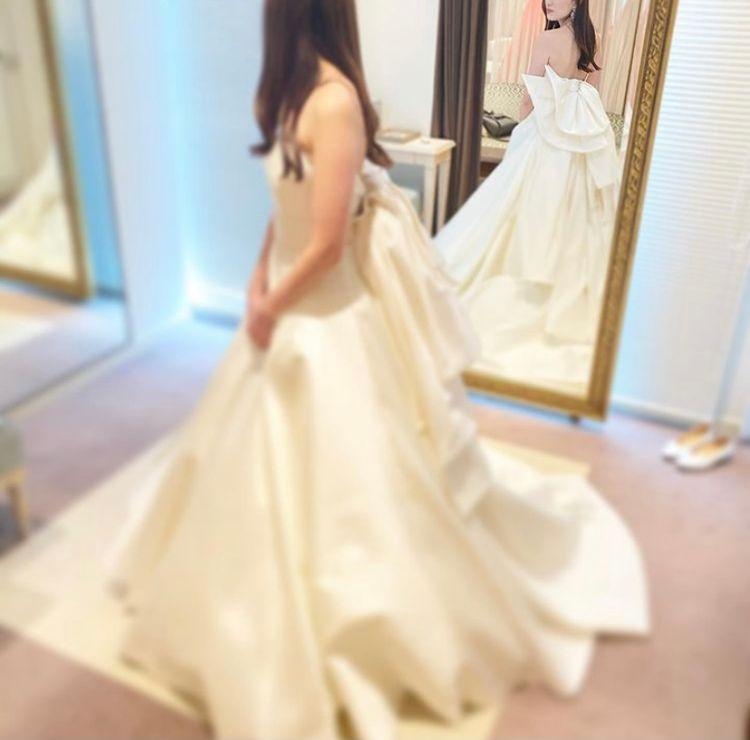 シルエットが美しいエレガントドレス