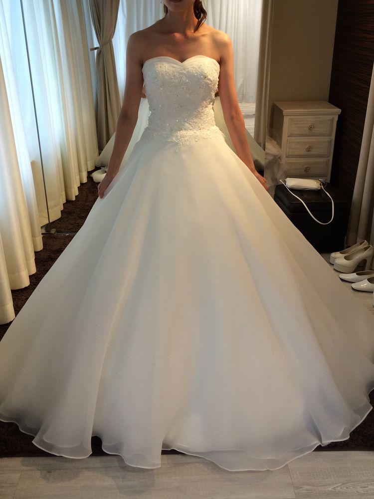 d783ec5e642ab 「YNSウエディングドレス」人気のプリンセスラインで、スカート部分はサタン生地にふんわり...口コミ・評判