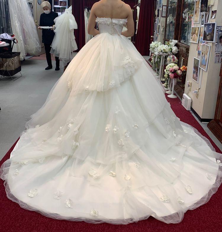 一目惚れしたドレスです!