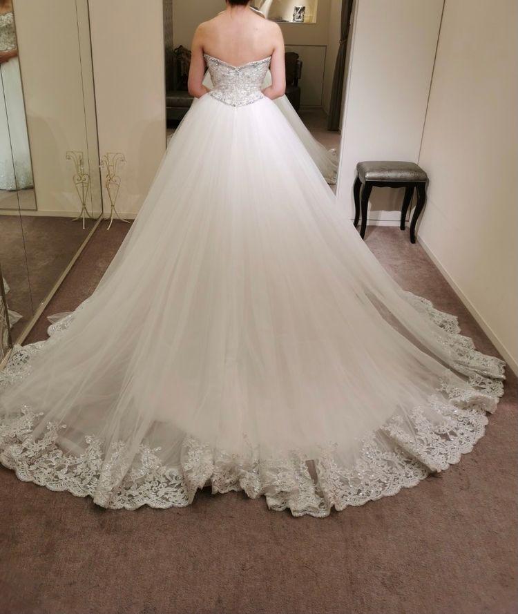 キラキラのドレス、