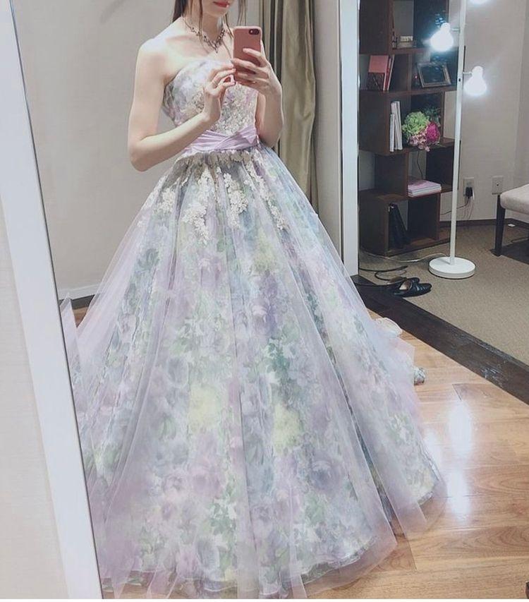 大人かわいい総花柄ドレス