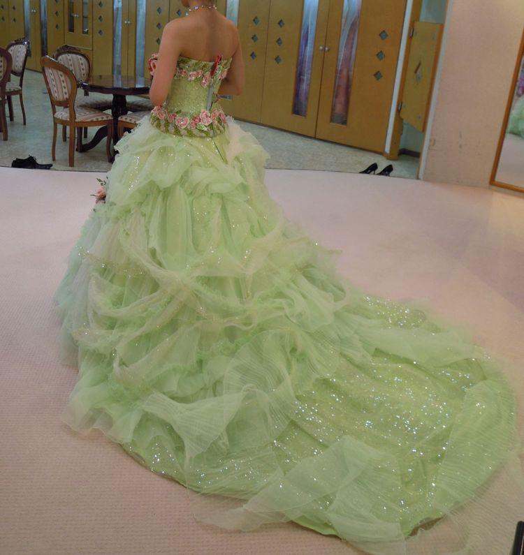 メルヘン、ヨーロピアンなドレス衣装