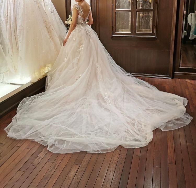 インポートのドレス