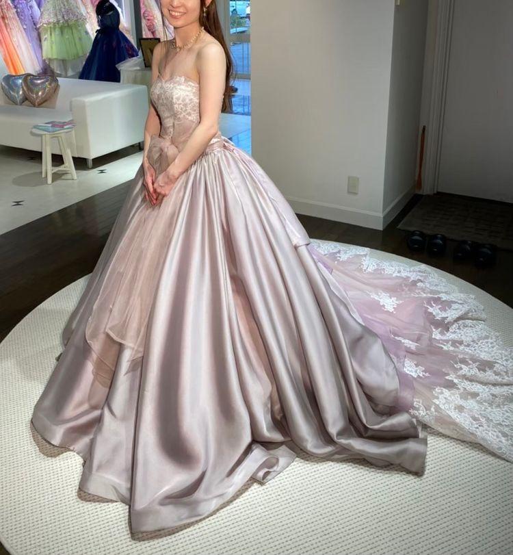 大人な印象のピンクドレス