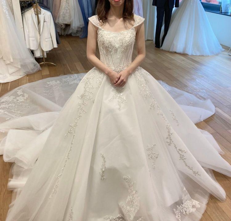 プリンセスみたいな豪華なドレス