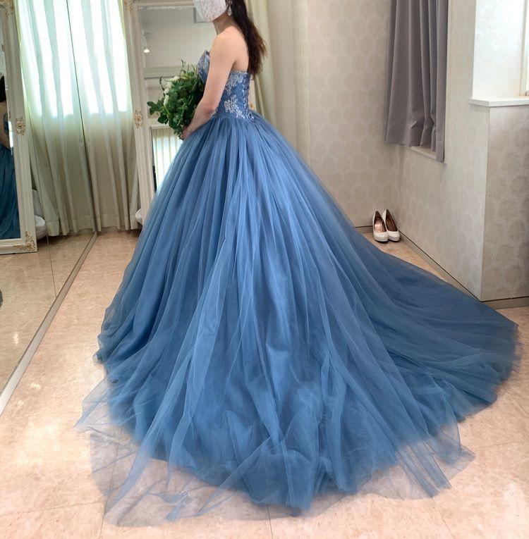グレイリッシュなブルーのくすみカラードレス♪