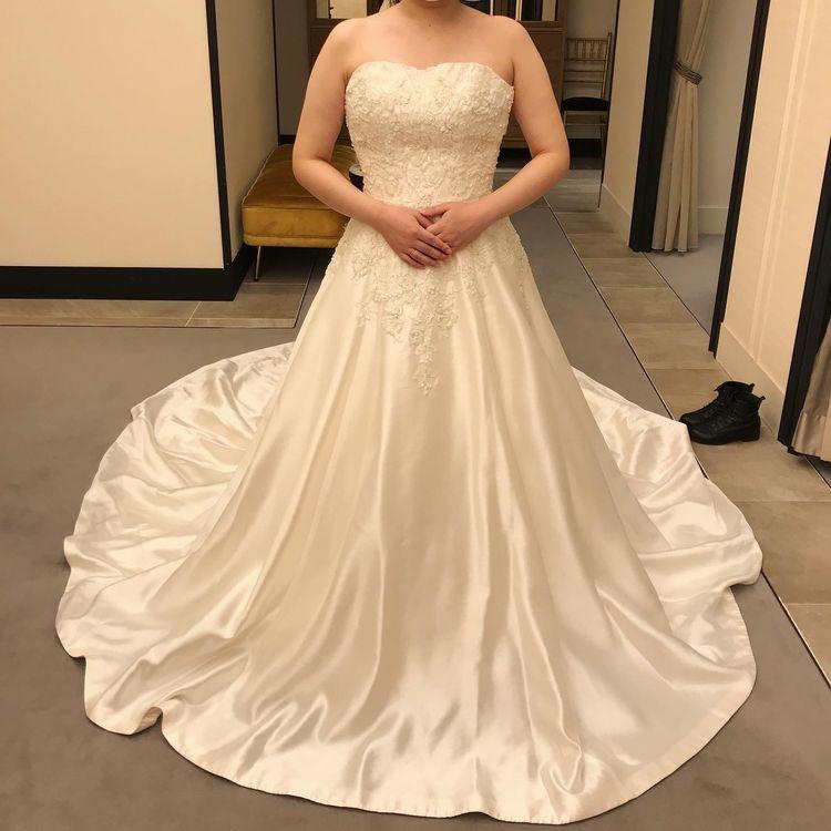 上品な大人ドレス
