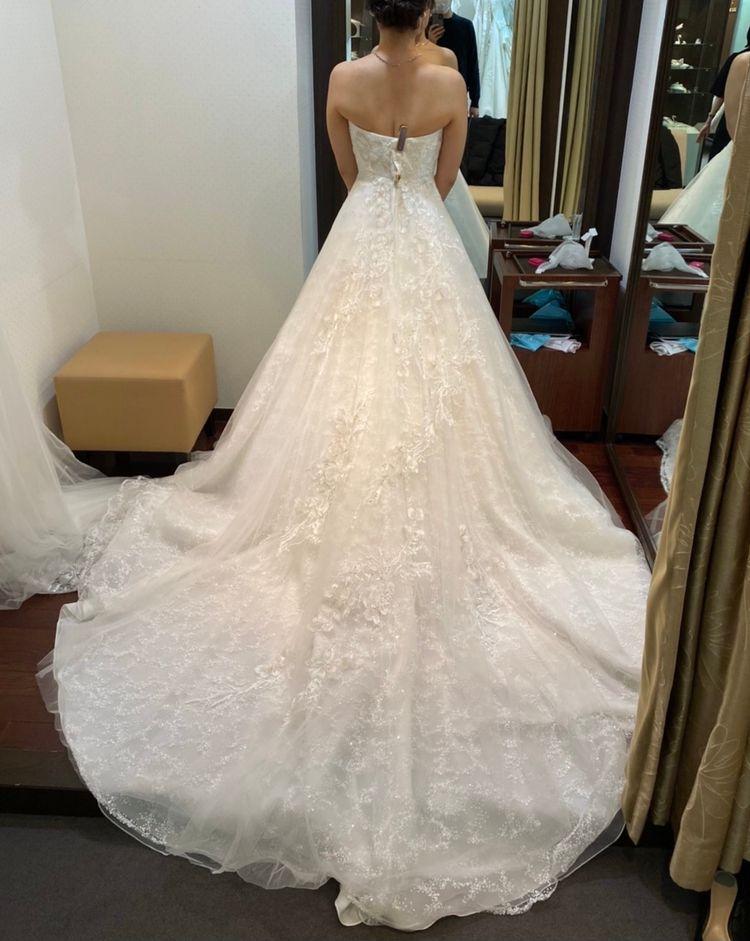 可愛さと上品さがあふれるドレス
