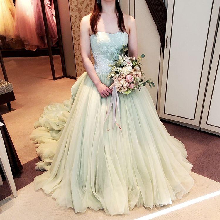 爽やかなグリーンドレス!