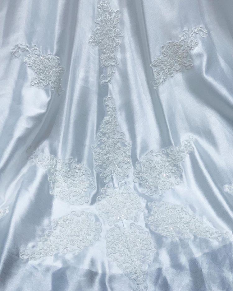 映画でラプンツェルが着用したウェディングドレスが着れました