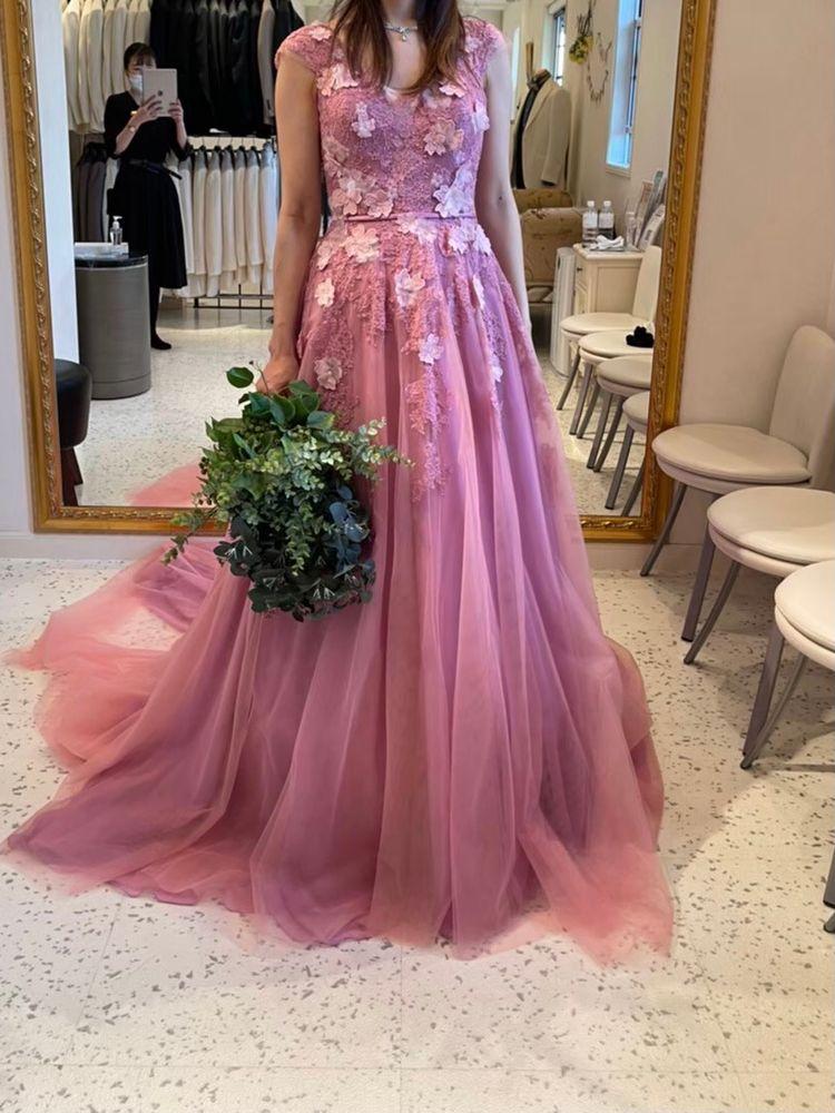 キュートなくすみカラードレス