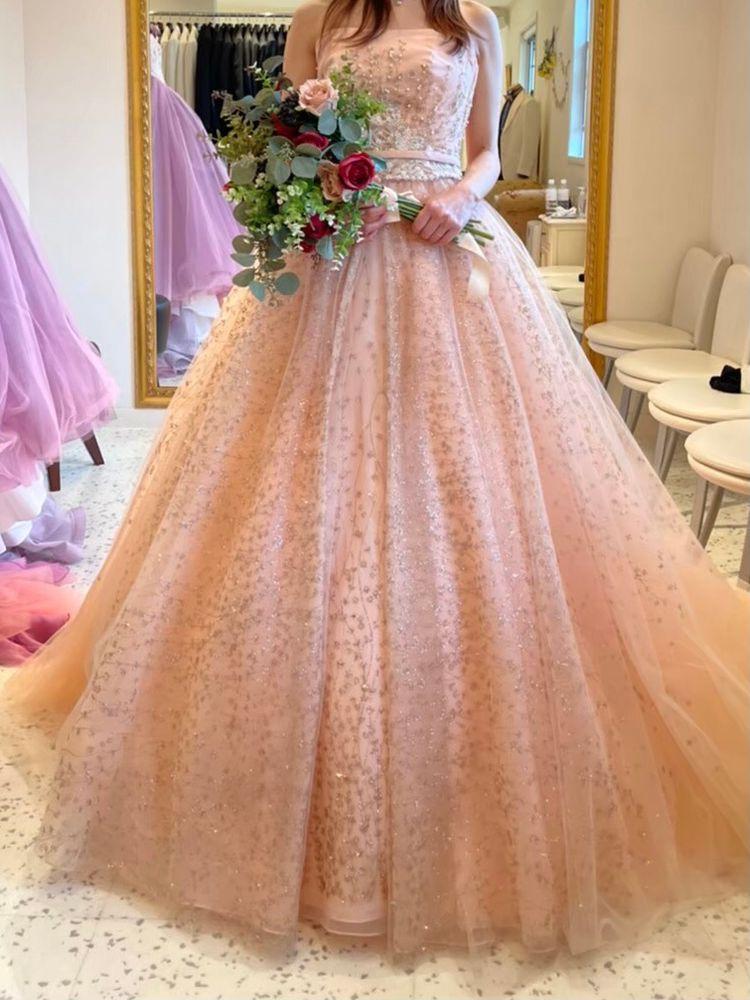 キラキラのピンクドレス