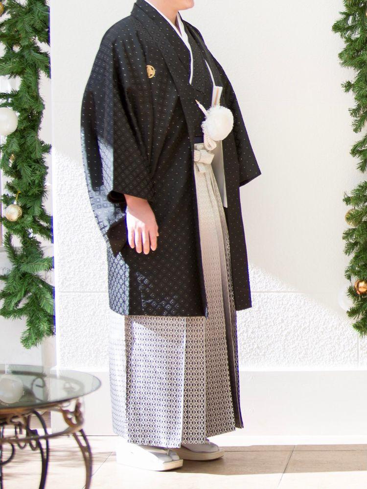 シンプルな紋付袴
