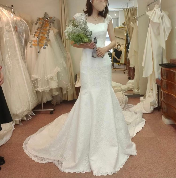 背中の形が綺麗なマーメイドドレス