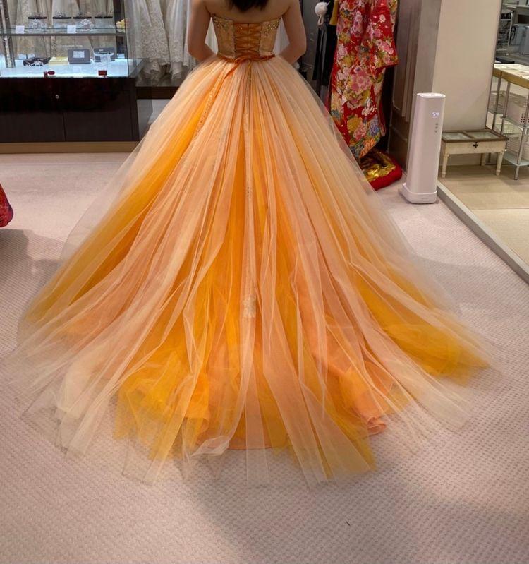 オレンジのAラインドレス
