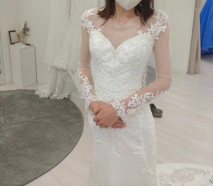 長袖スタイルのマーメイドドレス