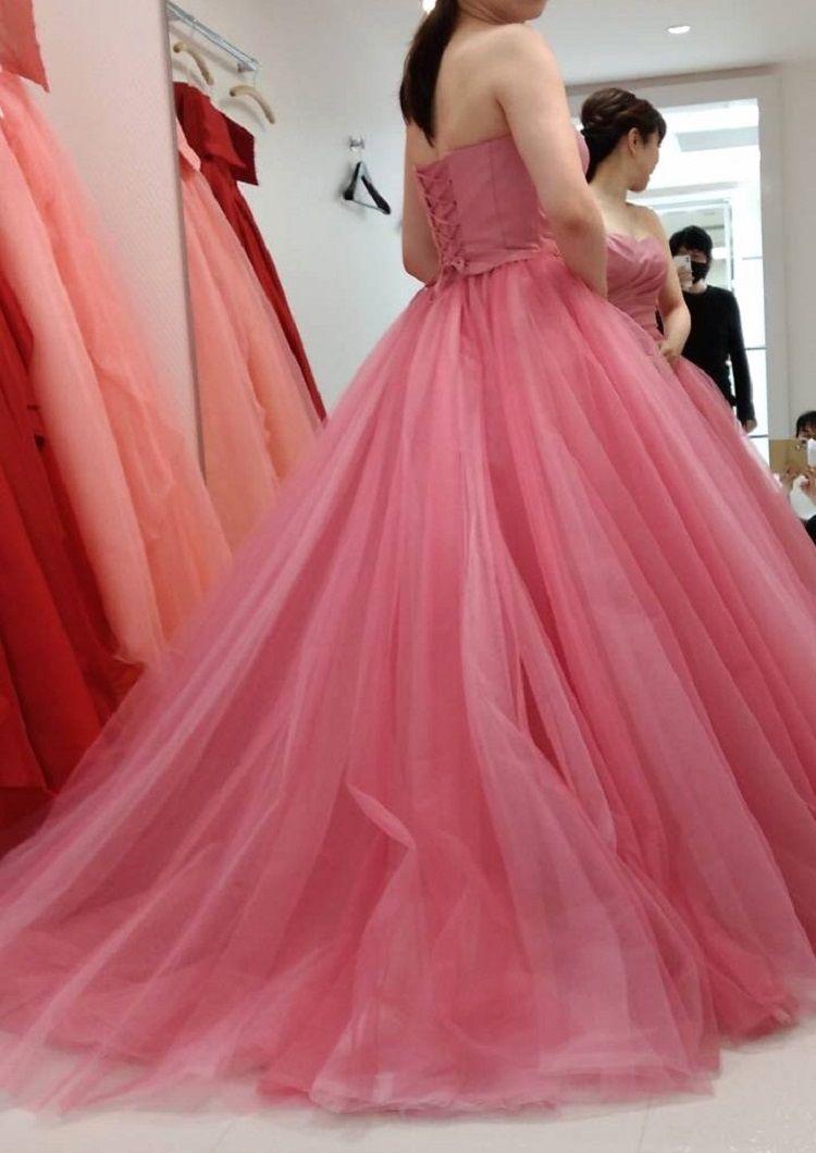 ピンクの王道ドレス