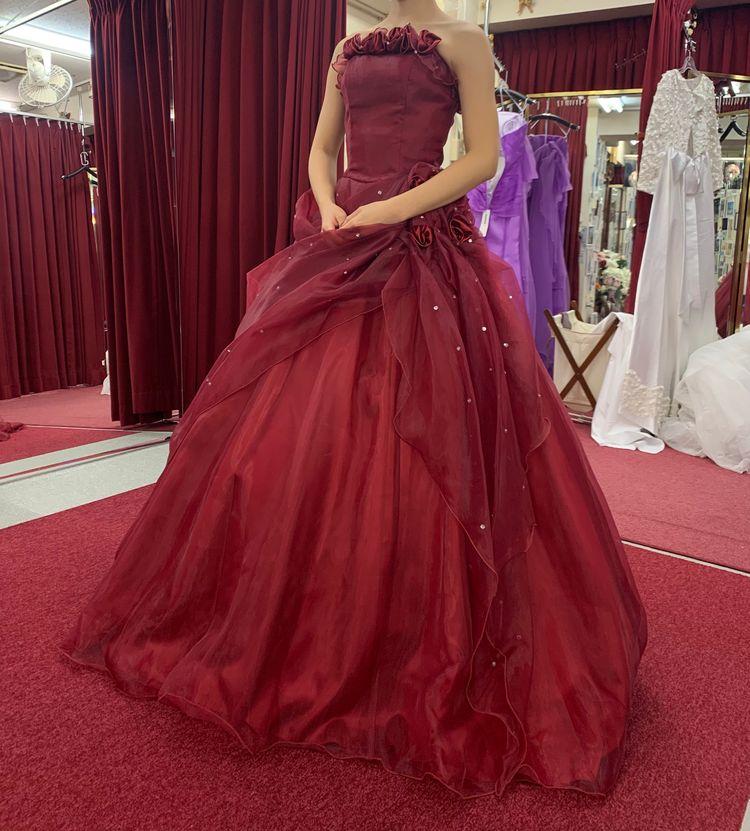 真っ赤な王道カラードレス