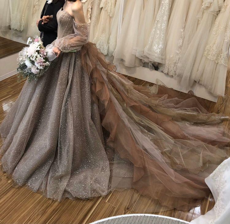 袖付きカラードレス