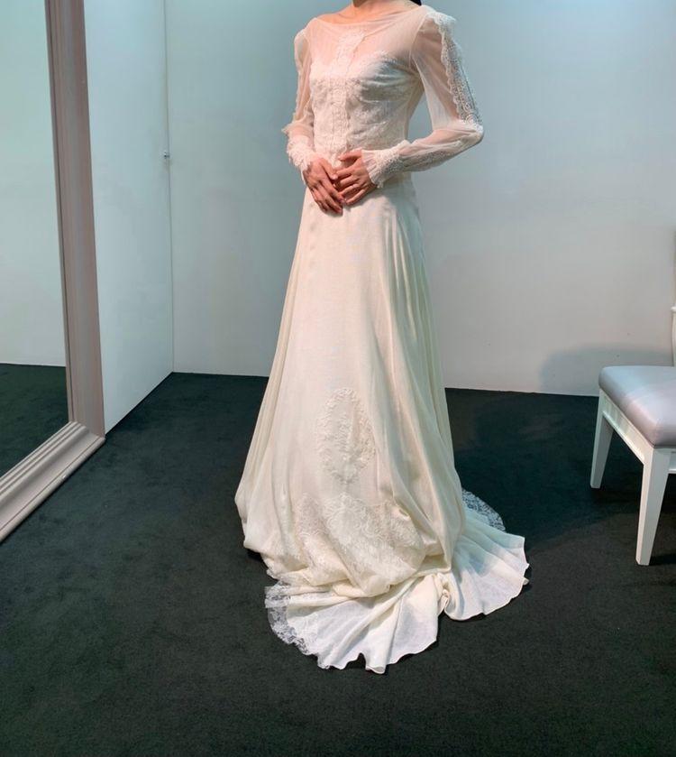 被らない形のドレス