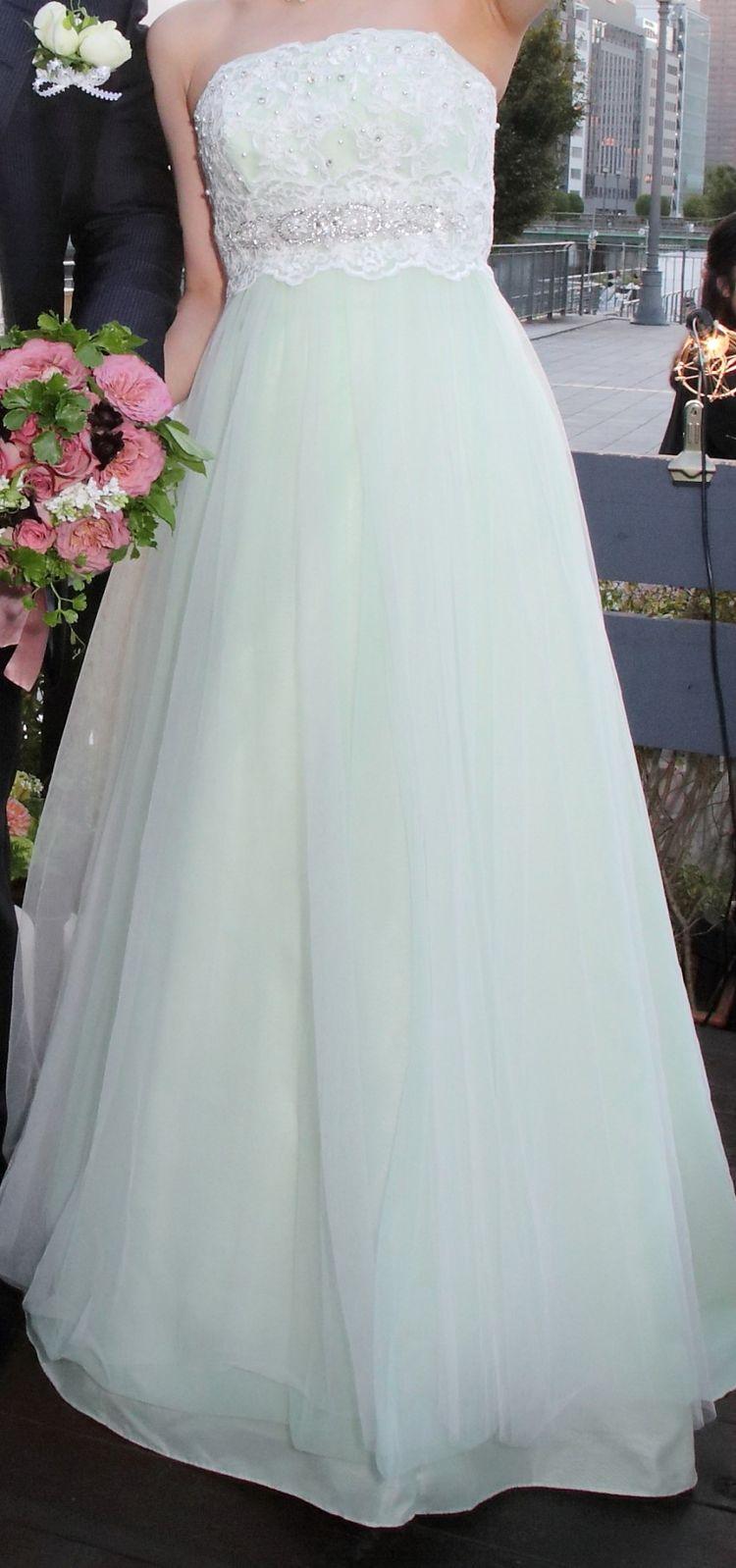 軽やかなドレス