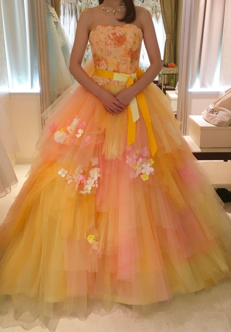ビタミンカラーのドレス