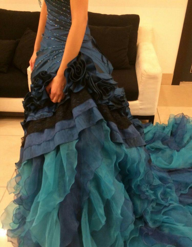 お得な値段で自分にピッタリのドレスをゲット出来ました!