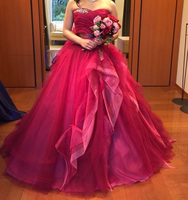 きれいな色味のハートカットドレス