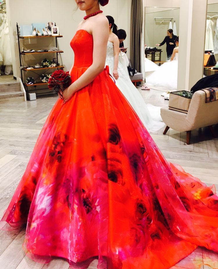 蜷川実花の赤ドレス