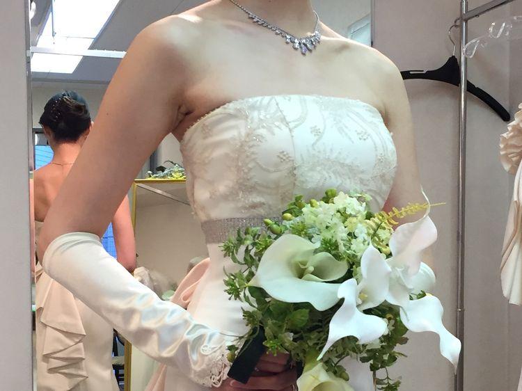 胸元レースのマーメイドドレス