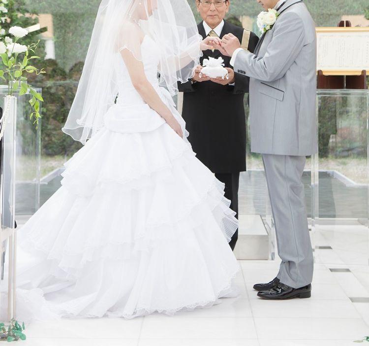 挙式と披露宴どちらにも使える2WAYドレスで大満足!