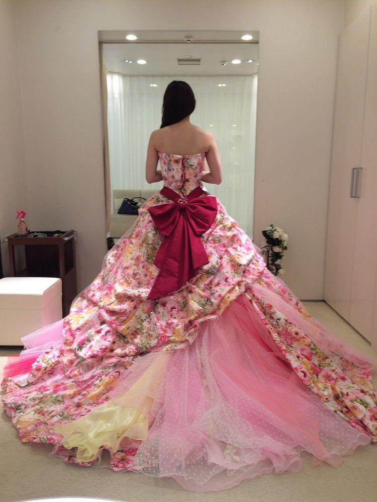 目立つこと間違いなし!華やかなフラワーピンクドレス♪*。