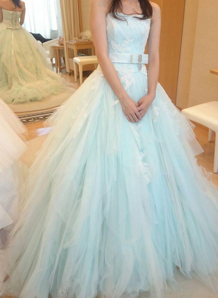 爽やかでマーメイドのようなふわふわドレス♡