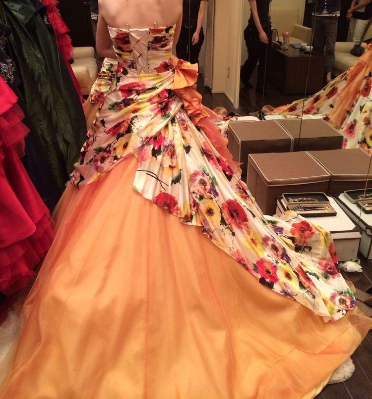 カラードレスの試着
