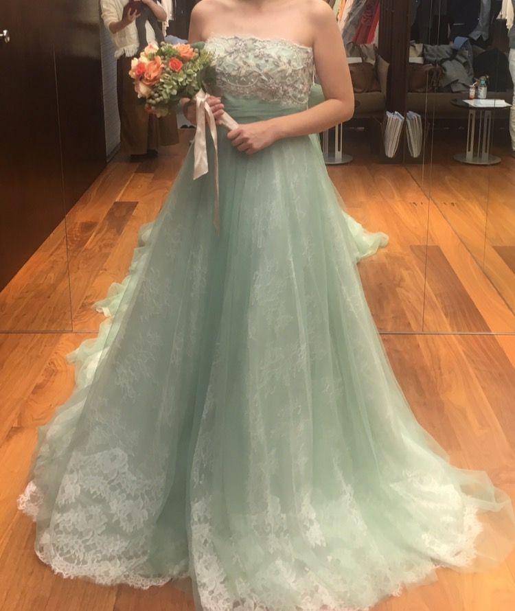 優しい雰囲気の可愛いドレス♡
