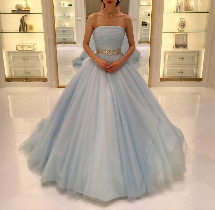 シンデレラ色の大人キュートなドレス